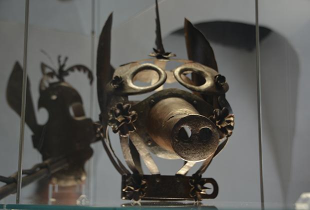 mascara-de-tortura-hohensalzburg