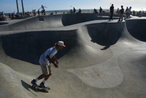 skaters-venice-beach