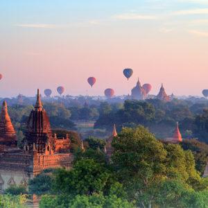 mochileros de viaje por myanmar y tailandia
