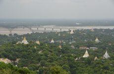 pagodas de sagaing hill