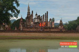 sukhothai monjes