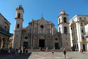 plaza catedral habana