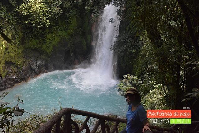 rio celeste parques nacionales de costa rica
