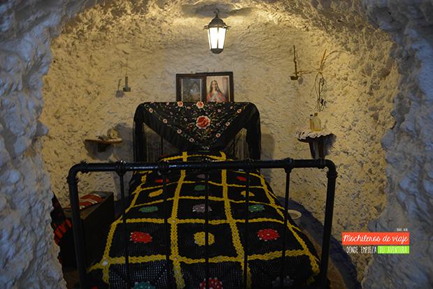 dormitorio cuevas sacromonte de granada
