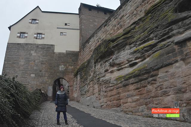 muralla exterior del castillo