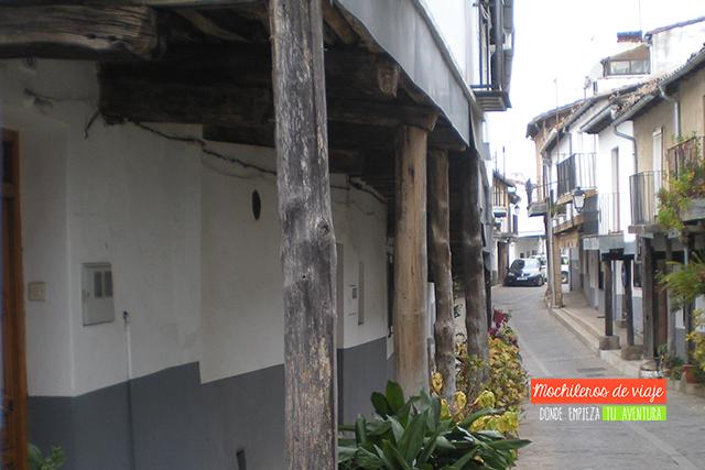 ARQUITECTURA SERRANA EN GUADALUPE