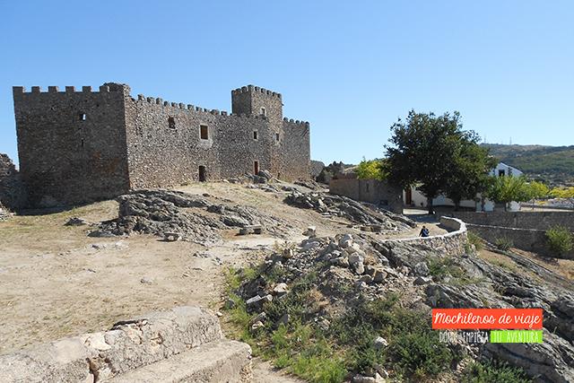 castillo de montanchez pueblos bonitos de cáceres