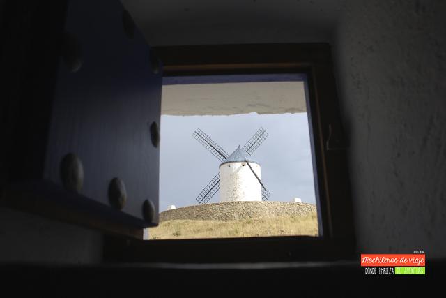 un molino con vistas