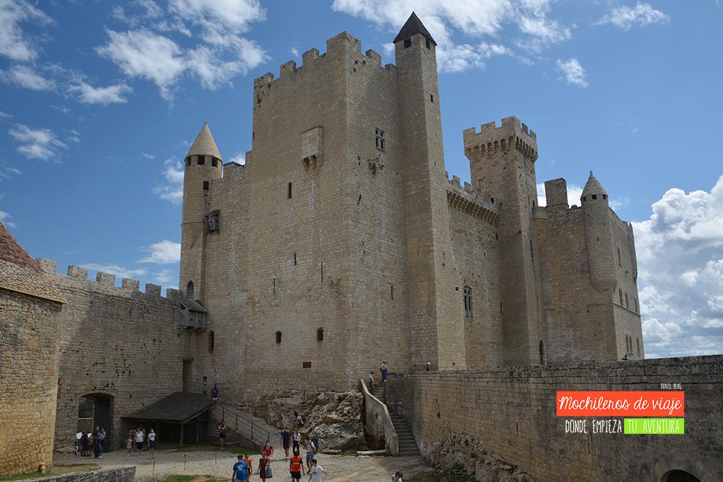 castillo de los duques del perigord