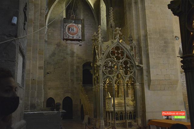 mausoleu anjou santes creus