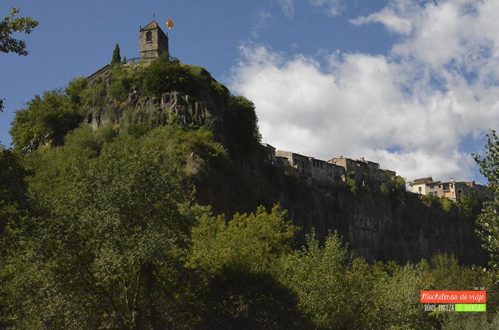 castellfollit de la roca pueblos bonitos de catalunya