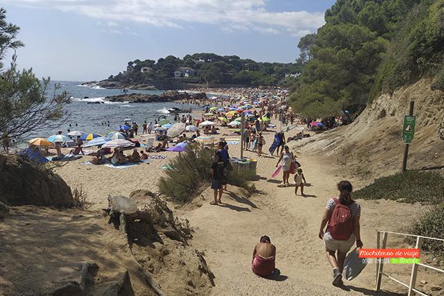 acceso a la playa de sa conca